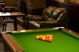 gallery-pool-table
